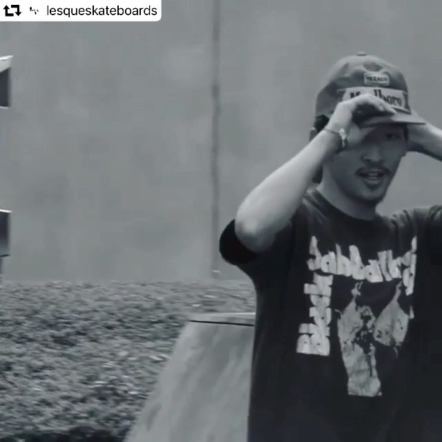 見えてる景色が違います#repost @lesqueskateboards・・・@yufuckingdie #lesqueskateboards