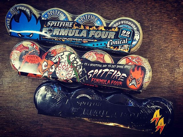 SPITFIRE F4 シリーズ。安定性高めのCONICAL FULL SHAPEはストリートでも愛用者増えています。#instantskateshop#instanturayasu#skateshop #spitfire