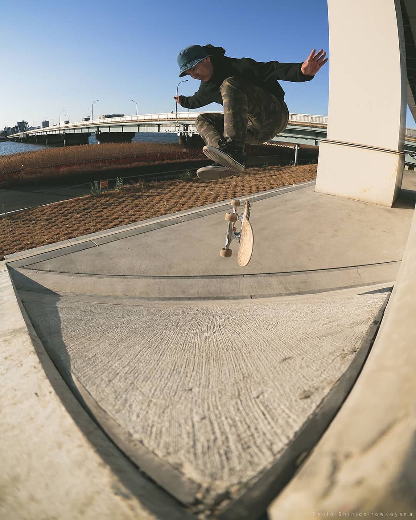 #repost @sitamatitama・・・Nollie Heel  @uenodriver 有難う御座います #instantskateboardshop #upproject次の場所を探さねば技も増やさねば#skate #skateboard #nollieheel #photo #skatephoto #street #favoritetrick #ありがとう#有難う御座います