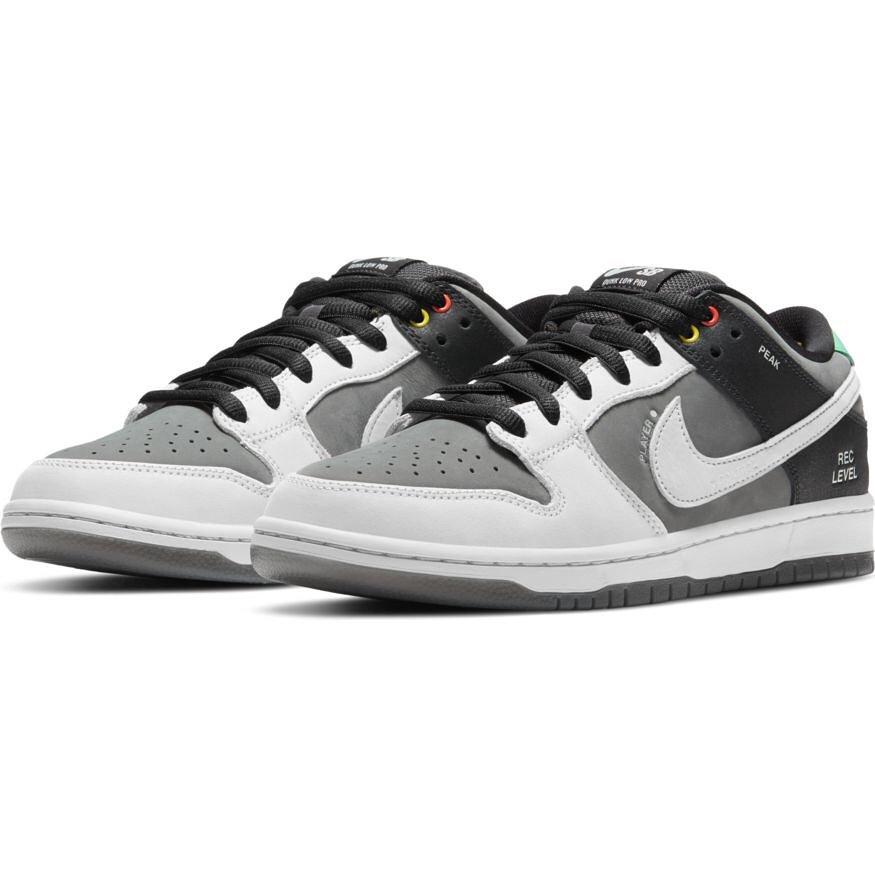 3月1日(月)発売 Nike SB Dunk Low Pro Iso販売方法に関してはプロフィールリンクのホームページからブログをご確認下さい。※販売足数、入荷サイズ、発売前のご予約など販売に関する事前お問い合わせはご遠慮下さい。※no overseas shipment.WEB抽選応募フォームリンク↓https://bit.ly/36VR8EY