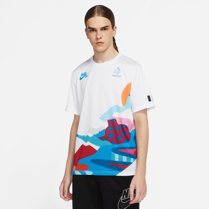 """7月17日(土)発売 Nike SB """"Federation Kits"""" Designed by Parra / FRANCE Kits販売方法に関してはプロフィールリンクのホームページからブログをご確認下さい。※浦安ストアでの販売はございません。※販売数、入荷サイズ、発売前のご予約など販売に関する事前お問い合わせはご遠慮下さい。※no overseas shipment.FRA【Nike SB Crew Jersey QS】品番:CT6147-100 用WEB抽選応募 フォーム→https://bit.ly/2UCLAMeFRA【Nike SB Coveralls FRNC】品番:DM7701-636 用WEB抽選応募 フォーム→https://bit.ly/3k7ZvELFRA KIDS【Nike SB YTH FRANCE QS Jersey】品番:CZ9397-100 用WEB抽選応募フォーム→https://bit.ly/3yH9MMfFRA【Nike SB PAM T-Shirt】品番:CZ3497-423 用WEB抽選応募 フォーム→https://bit.ly/3e5uu0lFRA【Nike SB FRANCE UNST FLTBLL AO Cap】品番:CZ5348-423 用WEB抽選応募フォーム→https://bit.ly/2TOqHxOFRA【Nike SB Everyday Max Lightweight】品番:CT7319-488 用WEB抽選応募フォーム→https://bit.ly/3r2FX61"""