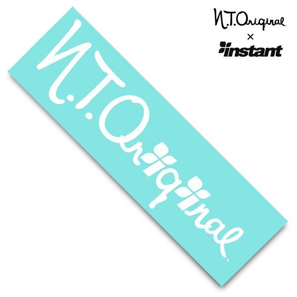 """コラボグリップテープ第四弾""""N.T. ORIGINAL"""" 7/31(土)発売!!2021年、新たな趣向でお届けする「グリップテープ プロジェクト」 第四弾、トリを飾るのは日本のブランドでは老舗の域に入った「N.T.ORIGINAL」とのコラボモデル。instantとの付き合いも既に20年以上で、今もとってもお世話になっているブランドです。お互いのロゴを組み合わせたデザインで夏らしいカラーとなっております。本日より、インスタント全店とWEBストアでご予約開始!!N.T. ORIGINAL × INSTANTGRIP TAPE¥2,200#ntoriginal#instantskateshop"""