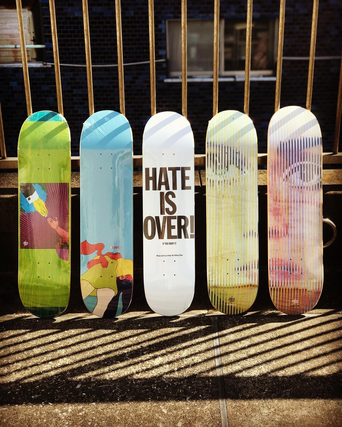 ・New @thekillingfloor decks.オレゴン州ポートランド発スケートボードカンパニー「The Killing Floor|キリングフロア」。唯一無二のグラフィックセンスはとても評価が高く、右2枚の再販モデルは @vogue でも紹介されています。