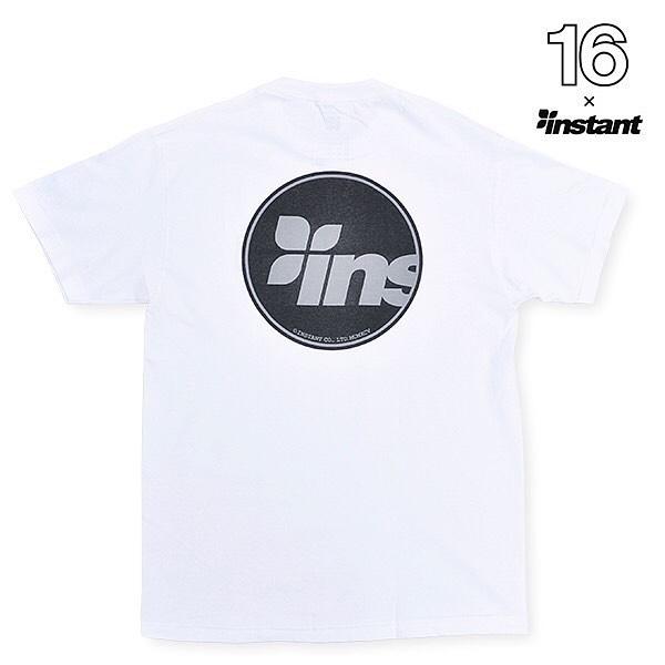 """本日発売!【instant 16 Reflective Logo Tee】フロントに16(Sixteen)、バックにinstantのロゴがプリントされた""""instant 16 Reflective Logo Tee""""はリフレクタープリントで、通行量が多い渋谷でも安全に移動することができます。サイズ:S, M, L, XL, XXLカラー:White, Black価 格:¥4,400#16sixteen#instantskateshop#instantshibuya#miyashitapark"""